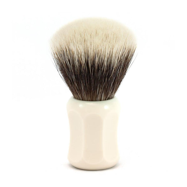 H.L. Thater 4125 Series 2-Band Fan-Shaped Silvertip Shaving Brush with Faux Ivory Handle, Size 2 - Fendrihan Canada - 1