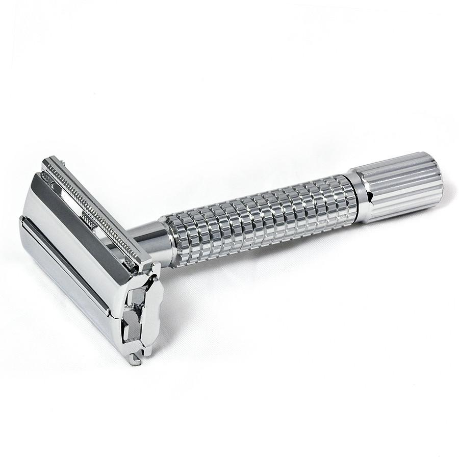 Old Fashioned Razor With Blades