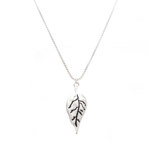 Load image into Gallery viewer, Tobacco Leaf Necklace