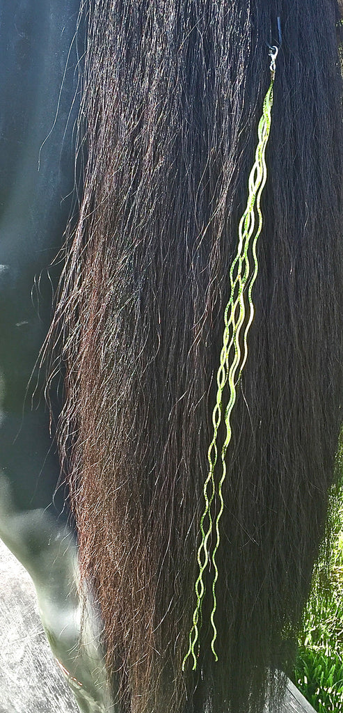 Wavy Lika Lime Bling String