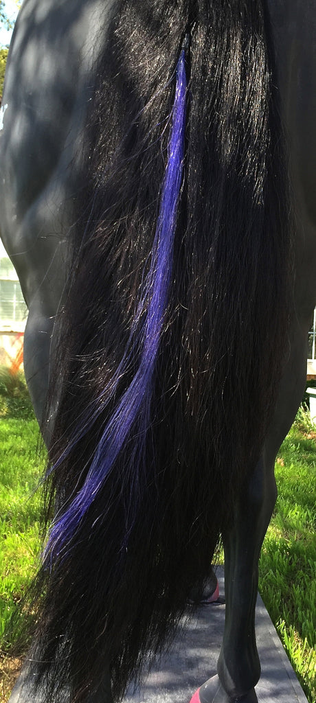 Lucky Lilac Tails