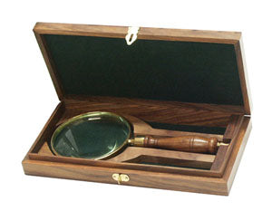 Magnifier Glass in Wooden Box