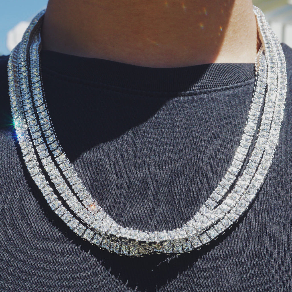 Diamond Link Necklace in White Gold