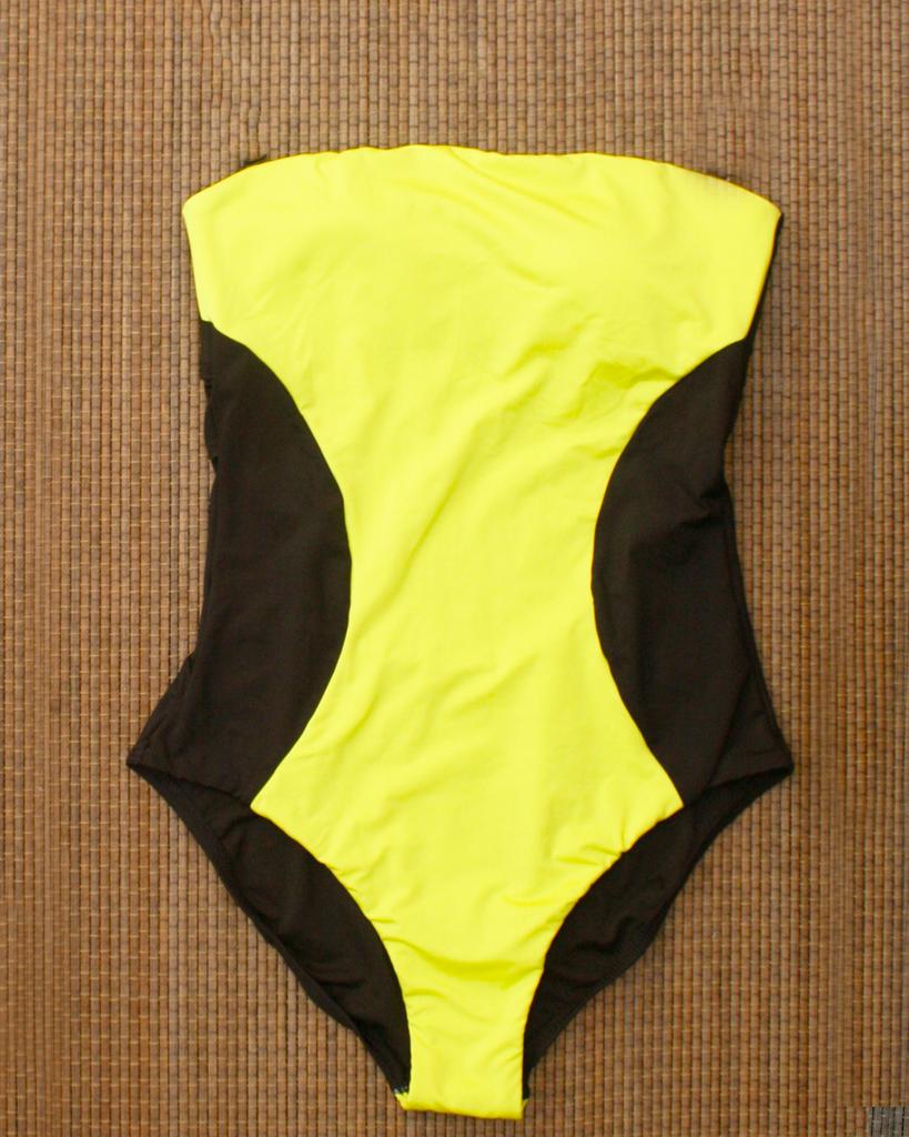 KENNETH COLE  Black/Yellow Tummy Toner Swimsuit