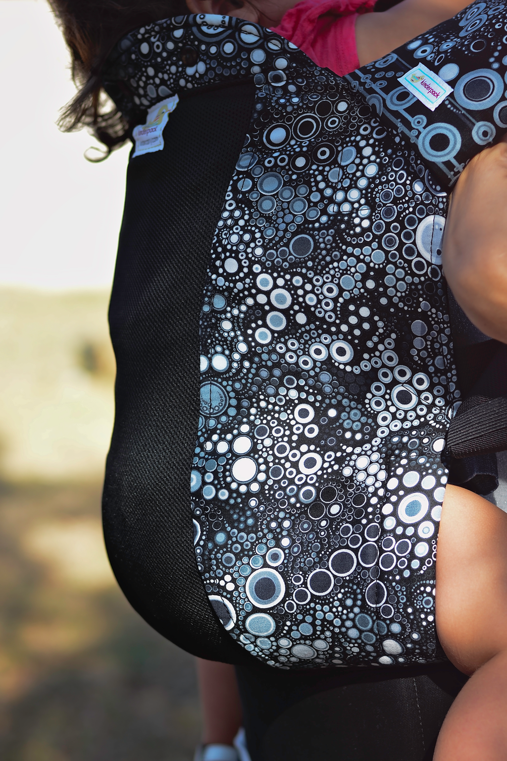 Monochrome Bubbles w Koolnit Mesh - Standard Soft Structured Baby Carrier