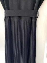 Load image into Gallery viewer, Pleated Knit Dress