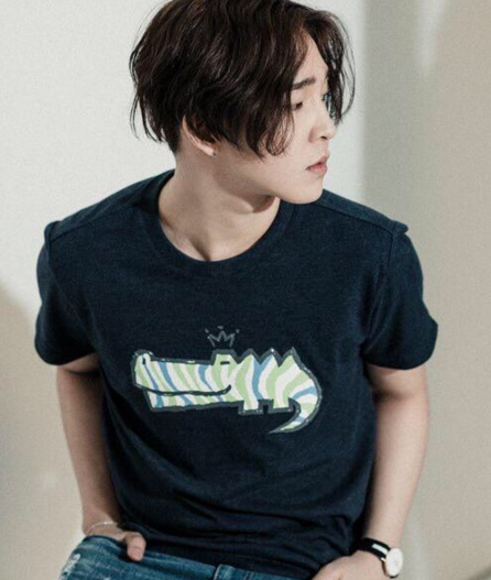 15 Idols That Just Look Awesome In Graphic Tees