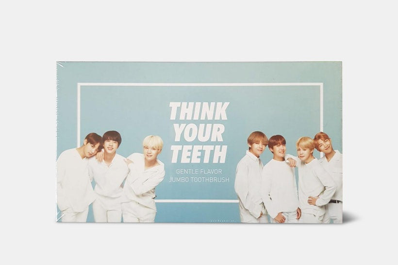 VT X BTS Jumbo Toothbrush & Toothpaste Kit 2 Type (Hard Case + Toothburh + Toothpaste + BTS Photocard 7ea)