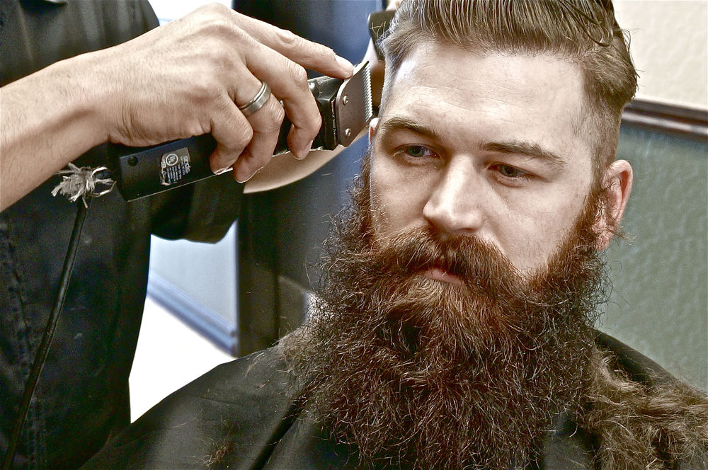 Barber Beard Trim : Guide to Finding the Right Barber for Your Beard