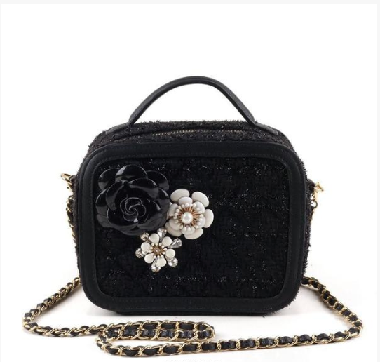 Bouquet Crossbody