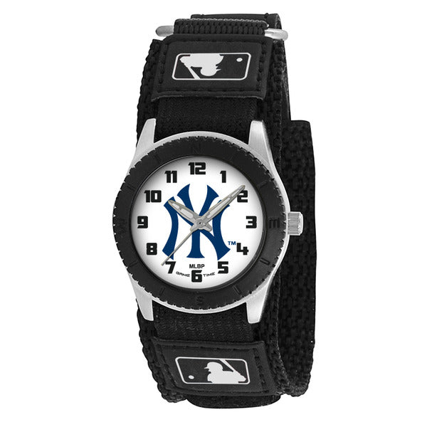 New York Yankees Pinstripe Unisex Quartz Analog Watch With Silver Round Case Black Strap 30Mm Rookie Black