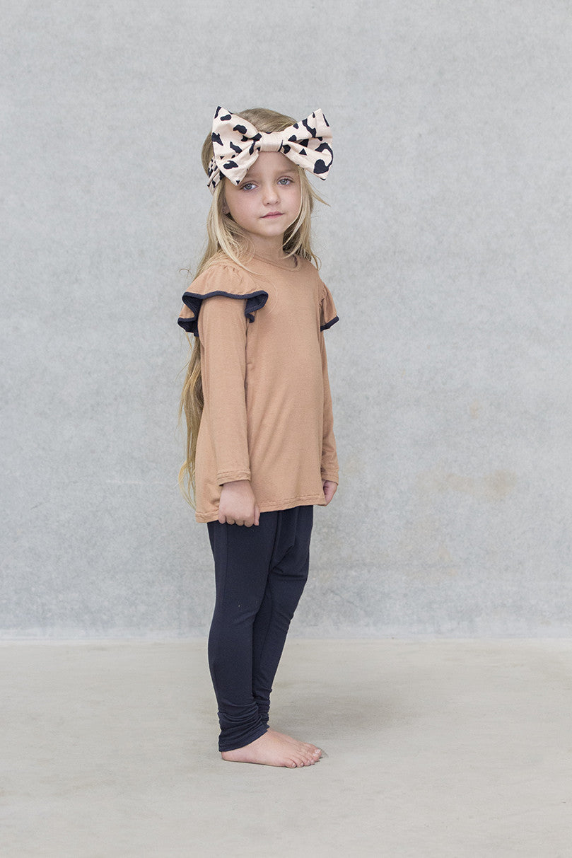 Ruffle Top Kids - Caramel with Navy Trim