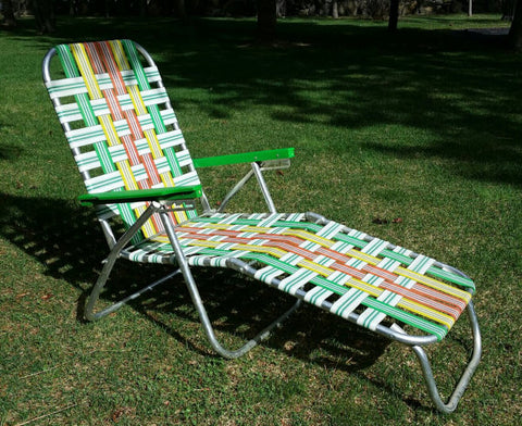 Retro-outdoor-chaise