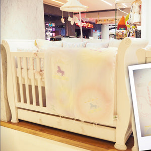 Bambigarden selection เตียงไม้ปรับระดับสำหรับเด็กปลอดสาร สีขาว Charmer Convertible Cot/Bed-White