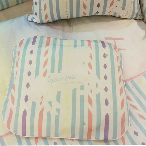 Grow หมอนหลุมพร้อมปลอกลายDolce de Carousel Classic-Grow baby pillow with Dolce de Carousel Classic pillow case