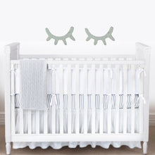 Load image into Gallery viewer, Bambigarden selection Laurant Cot/Bed-White เตียงไม้สีขาวรุ่น Laurant