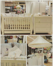 Load image into Gallery viewer, Bambigarden selection เตียงไม้ปรับระดับสำหรับเด็กปลอดสาร สีขาว Charmer Convertible Cot/Bed-White