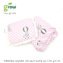 Load image into Gallery viewer, Grow หมอนหลุมพร้อมปลอกหมอนใยไผ่ Natural Latex Baby Pillow with Bamboo muslin Case - Fantasy Circus Vintage Pink