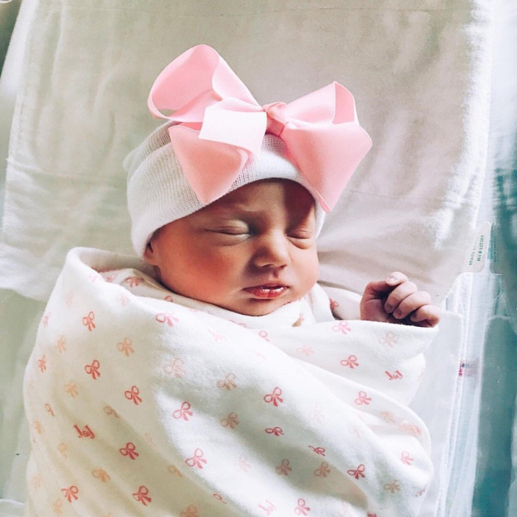 Newborn girl hospital hat, baby girl hat with bow, newborn bows, baby girl beanie