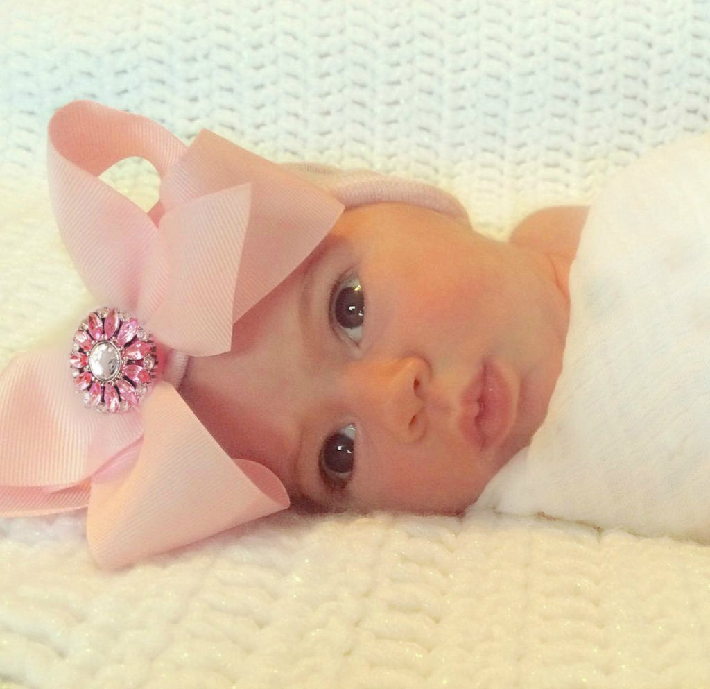 8f5ef758108 Newborn hospital hat with bow