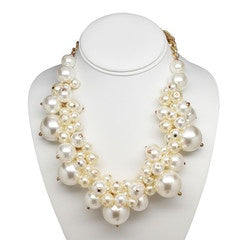Clutch My Pearls Necklace