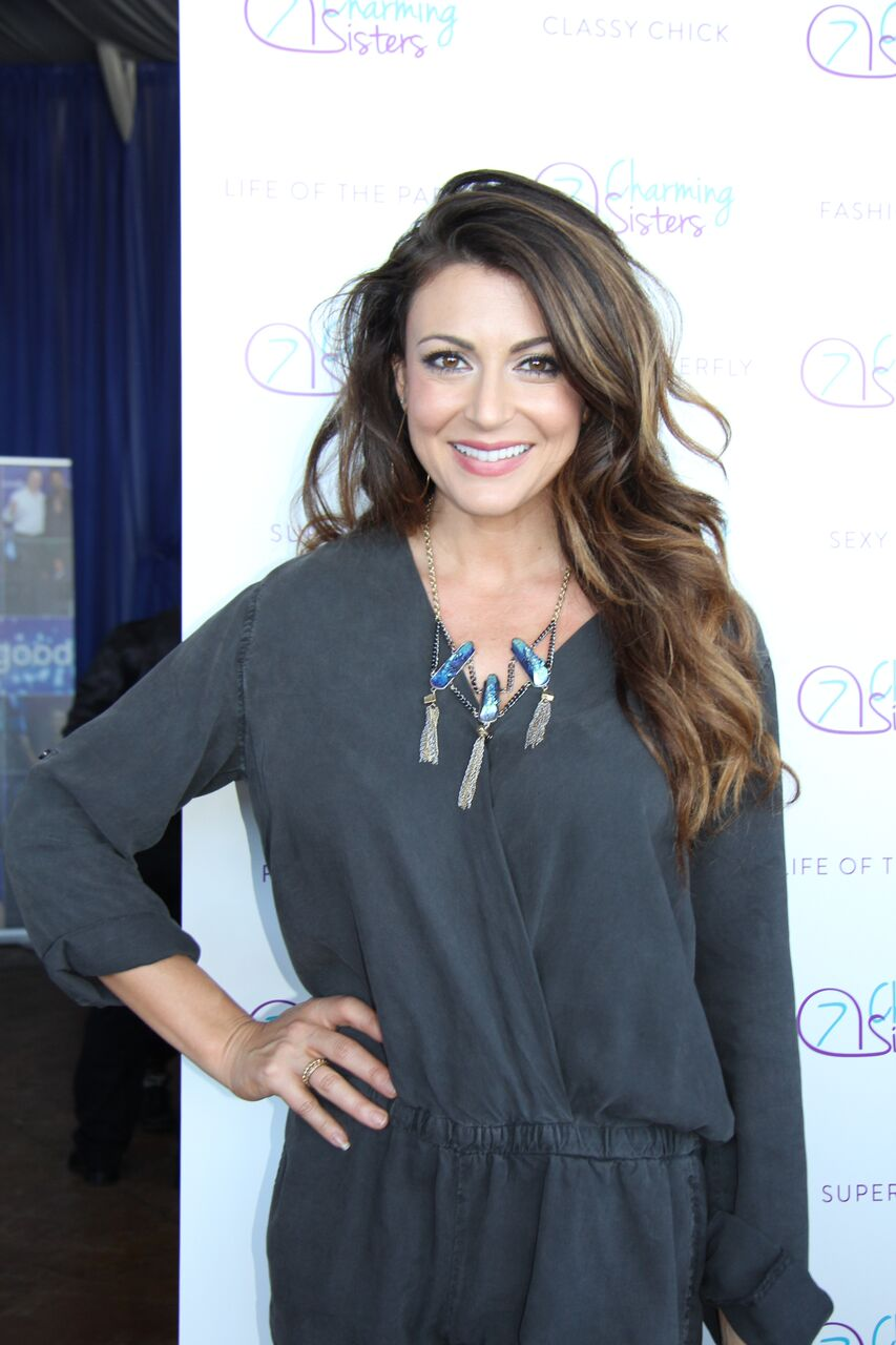 Cerina Vincent from Stuck in the Middle with 7 Charming Sisters jewelry company at 2016 Emmys