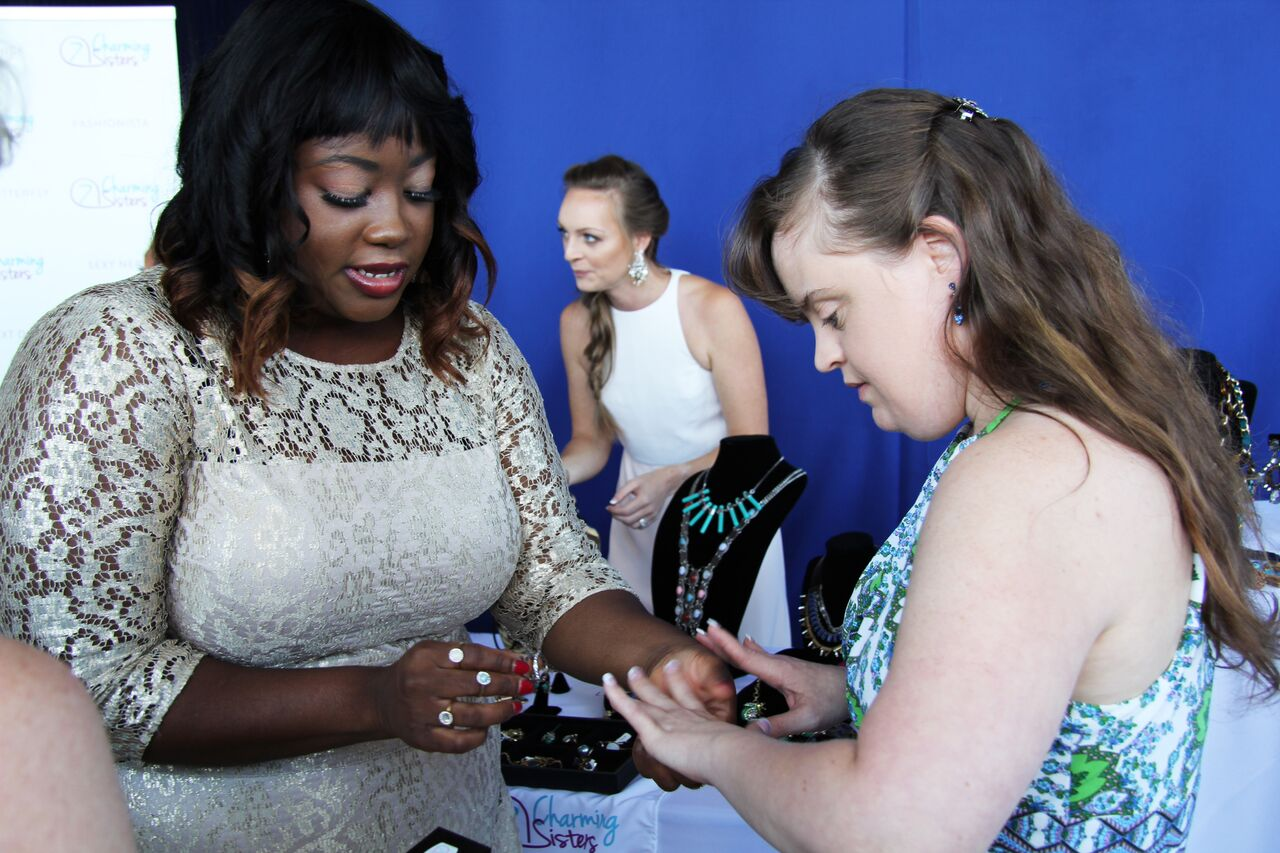 Jamie Brewer from American Horror Story, with 7 Charming Sisters jewelry company at 2016 Emmy