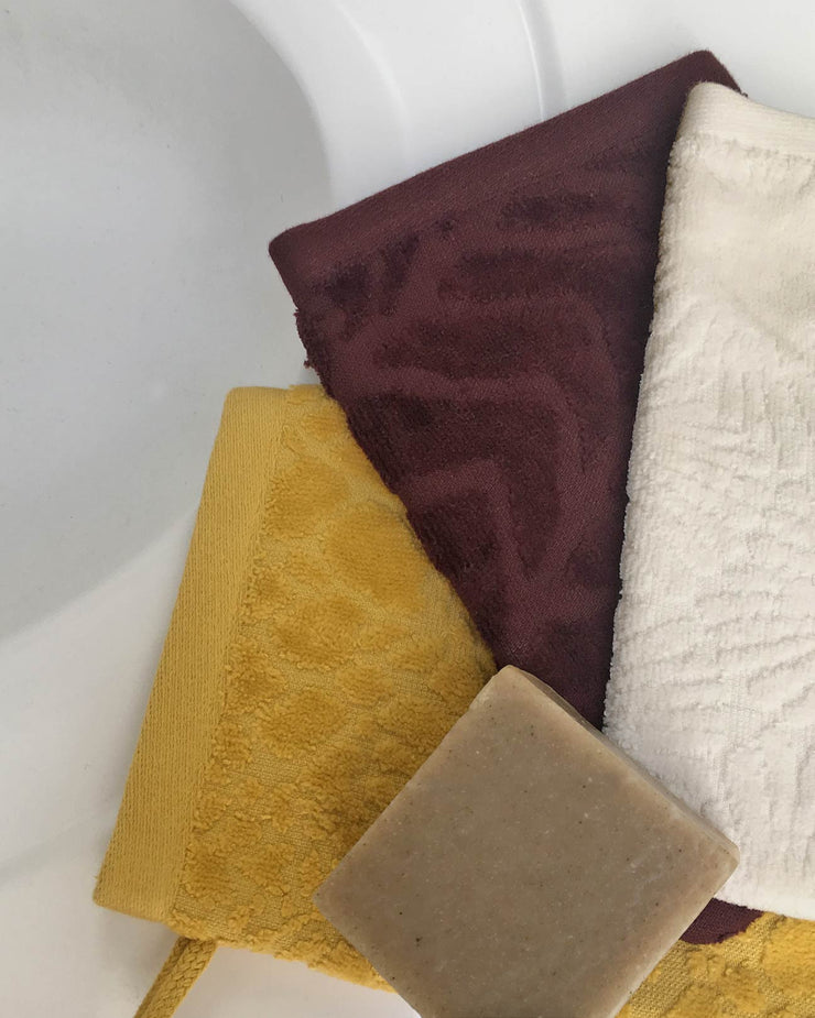 Affina Organic Spa Wash Mitts and Botanical Soap