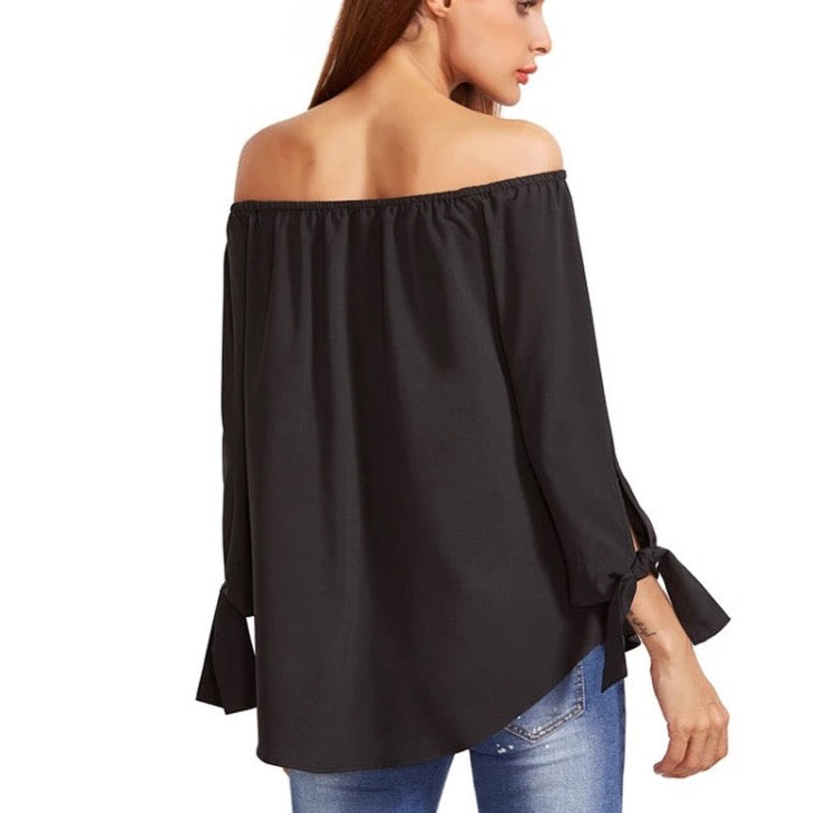 Keipy's blck long sleeve off shoulder blouse