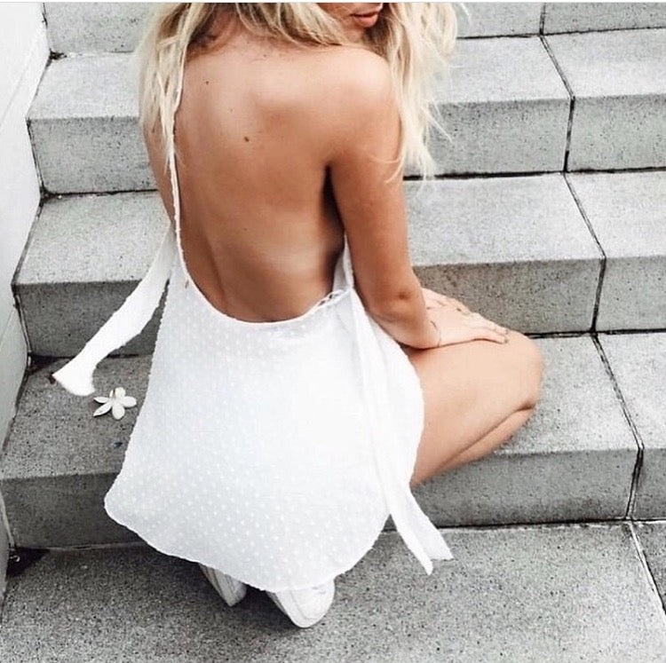 Keipy's backless white romper