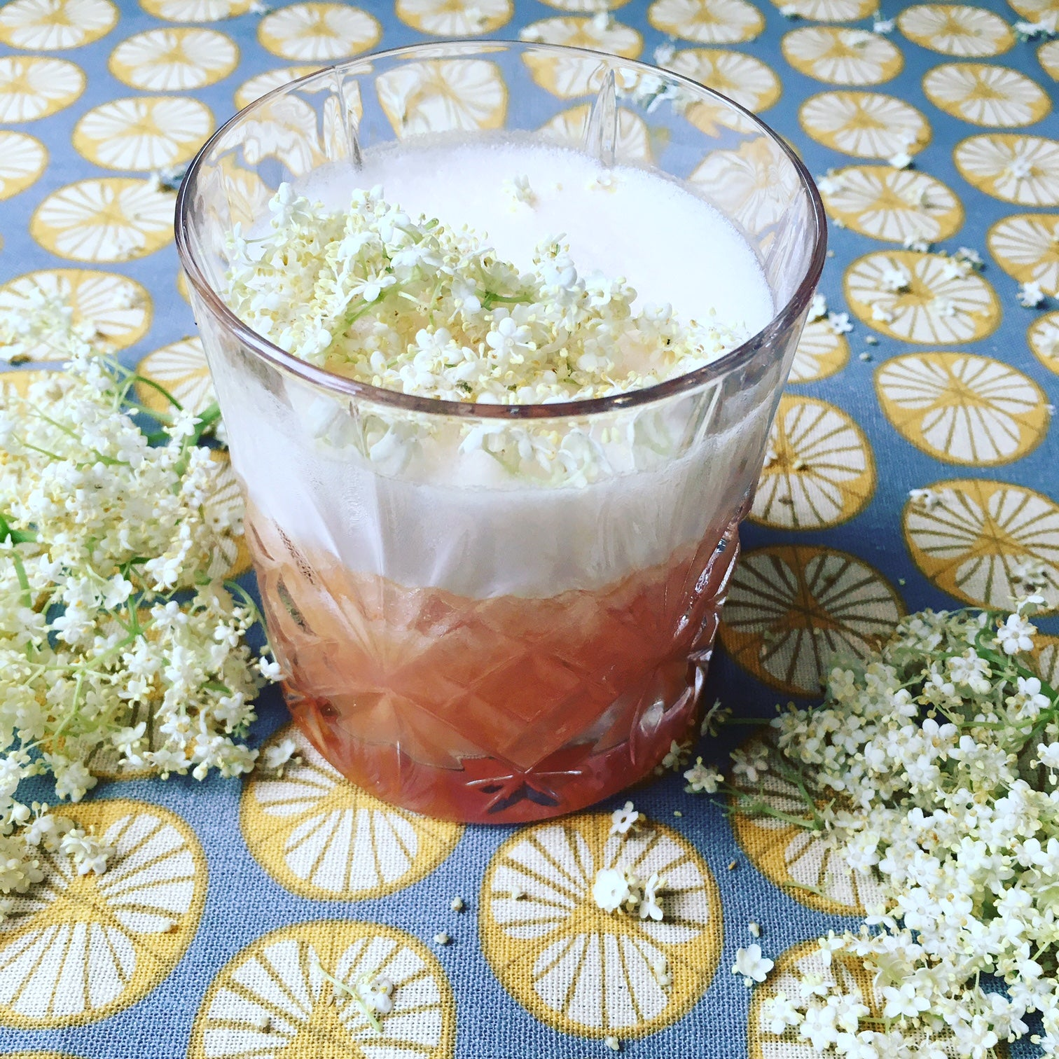ELDERFLOWER & GRAPEFRUIT BOURBON SOUR RECIPE