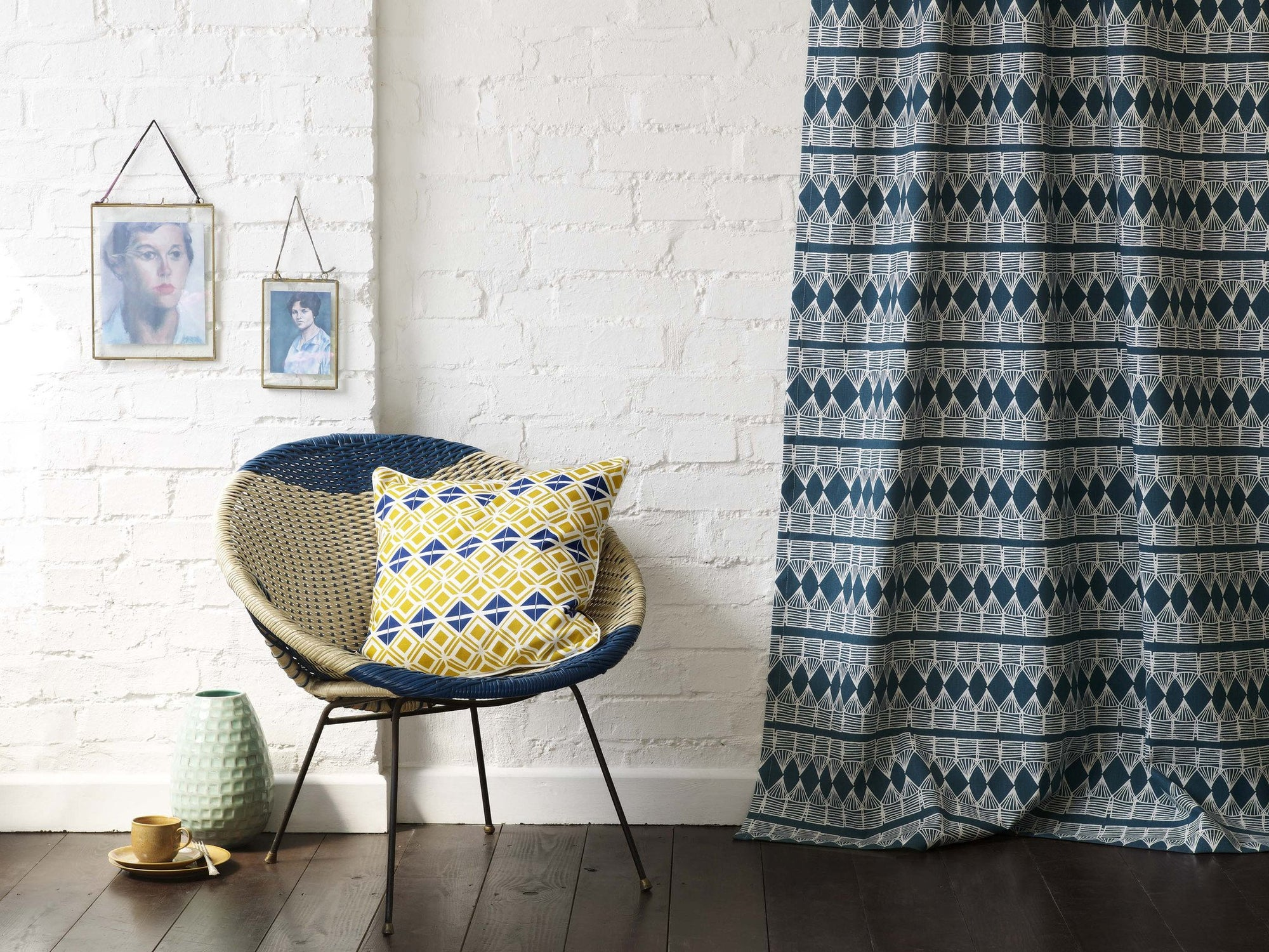 Modern graphic pattern printed fabrics in cotton, linen, canvas perfect for curtains, blinds and upholstery. Ships from Canada worldwide including the USA
