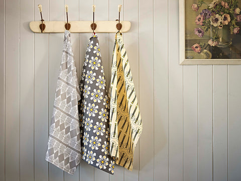 Linen Union Patterned Tea Towels in Grey and Yellow