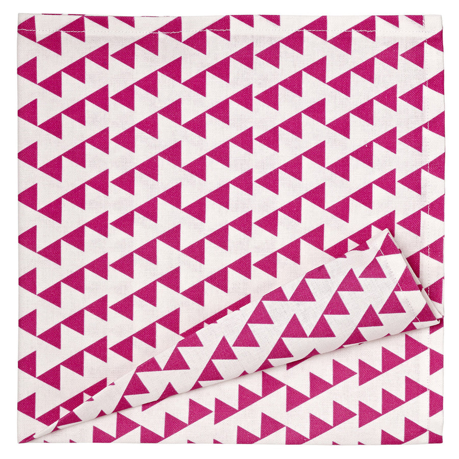 Bunting Geometric Pattern Linen Napkins in Bright Pink