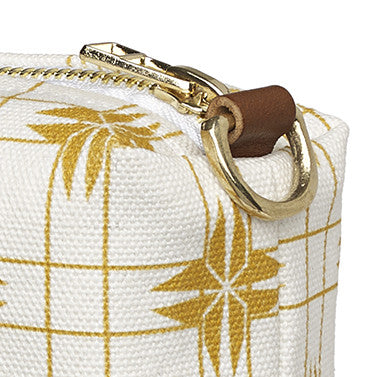 Pueblo Geometric Pattern Canvas Wash or toiletry Travel Bag - Gold - Perfect for all your cosmetic or beauty needs while travelling Ships from Canada (USA)