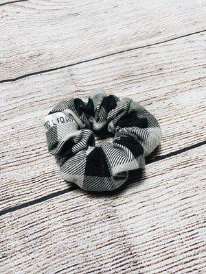 fade to black plaid scrunchie