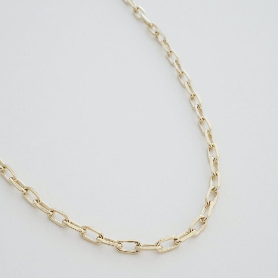 greta chain necklace