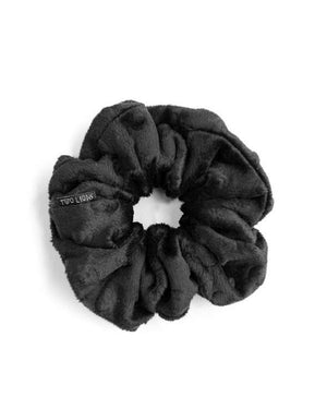 rayven velvet scrunchie large