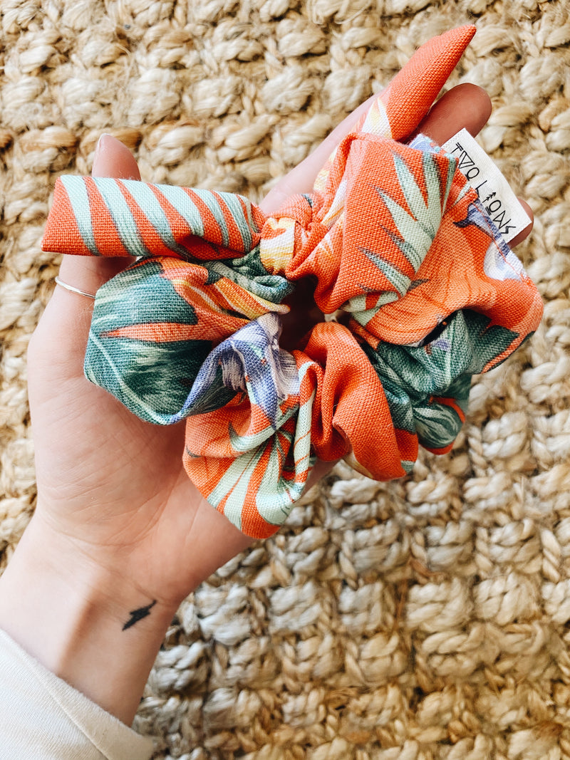 spicy tropical bow scrunchie