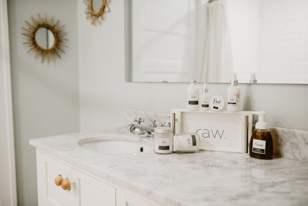 raw. GLOW facial exfoliant