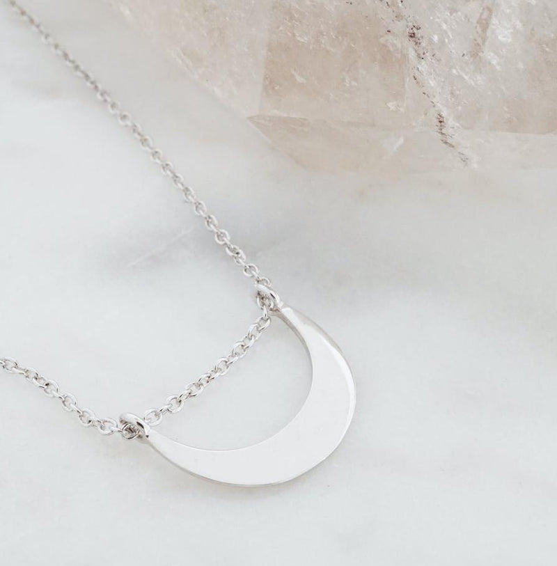 la luna necklace