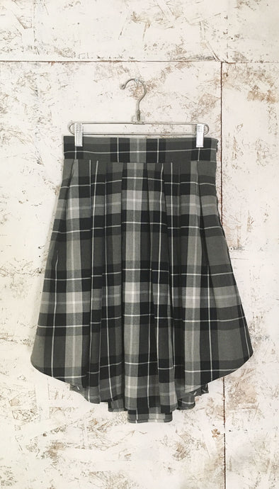 Kaja Skirt // XS, S + M Left