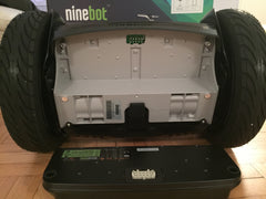 The connectors on the Ninebot E battery should line up with the connectors on the base unit