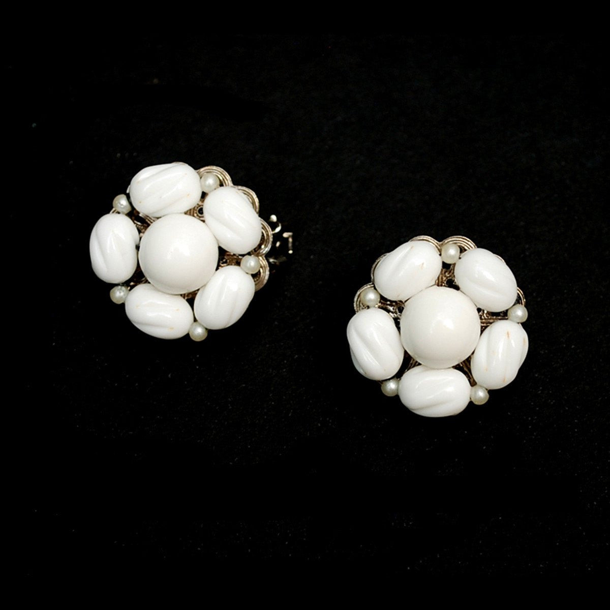 1950s Milk Glass Cluster Bead Earrings by Hobe 3