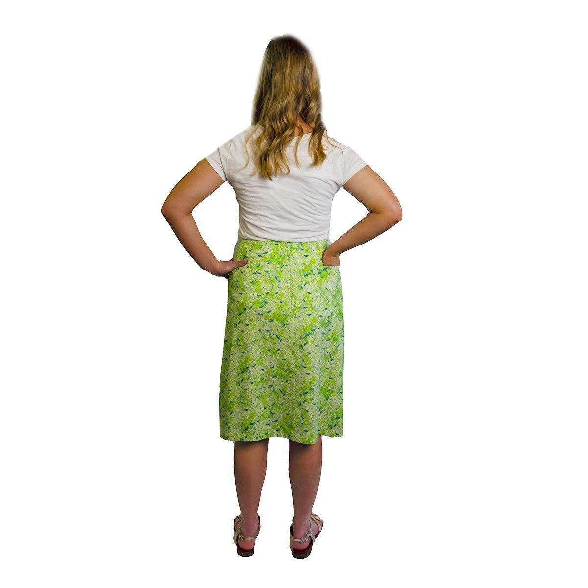 1970s Lilly Pulitzer, The Lilly Green Floral Skirt, Size Medium 5
