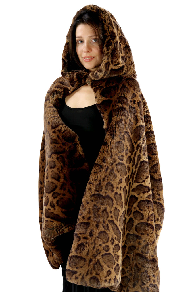 Hooded Organic-Fur Cape-Capuchon Jaguar Print & Silk Lining