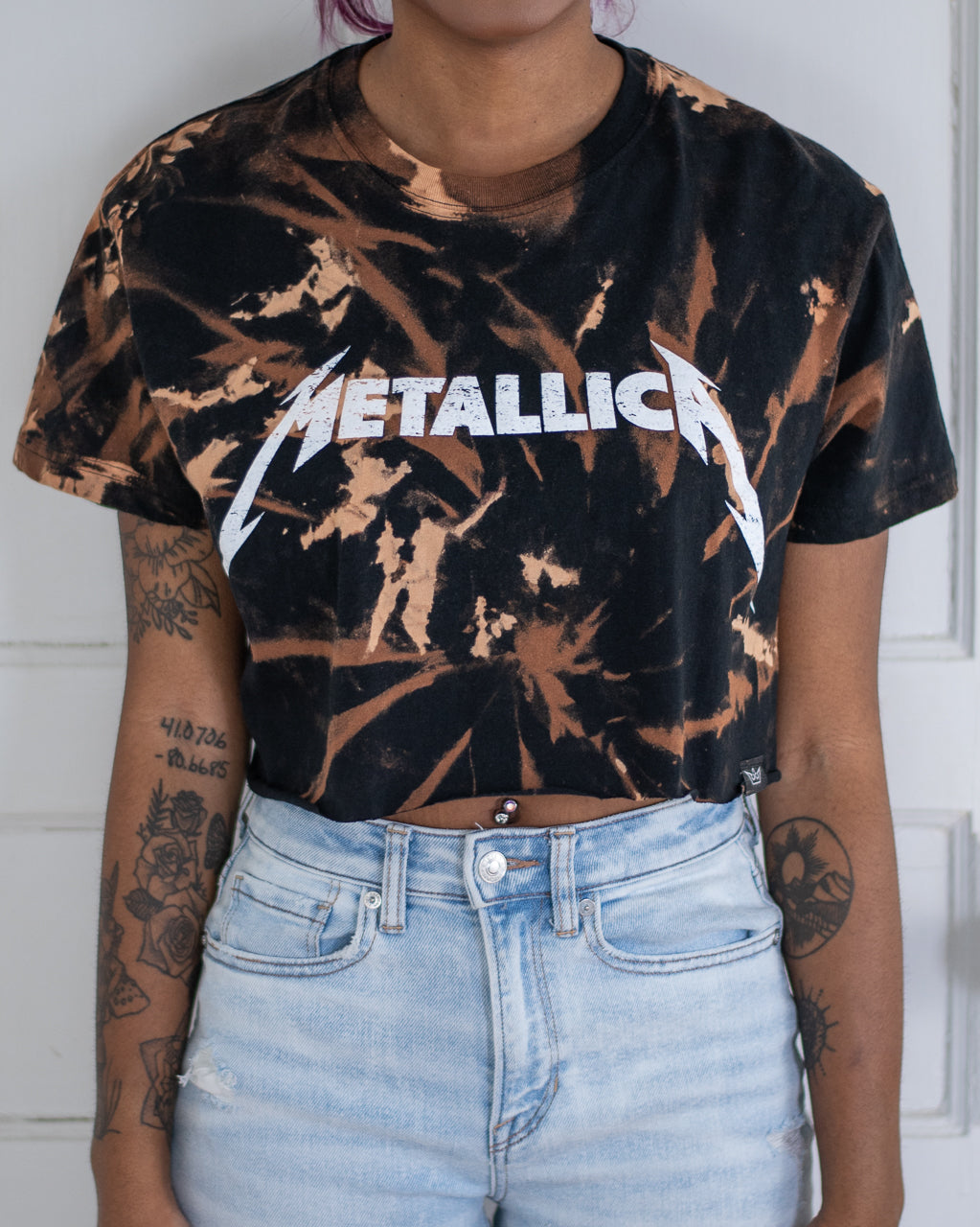 Metal bleach dye black crop top