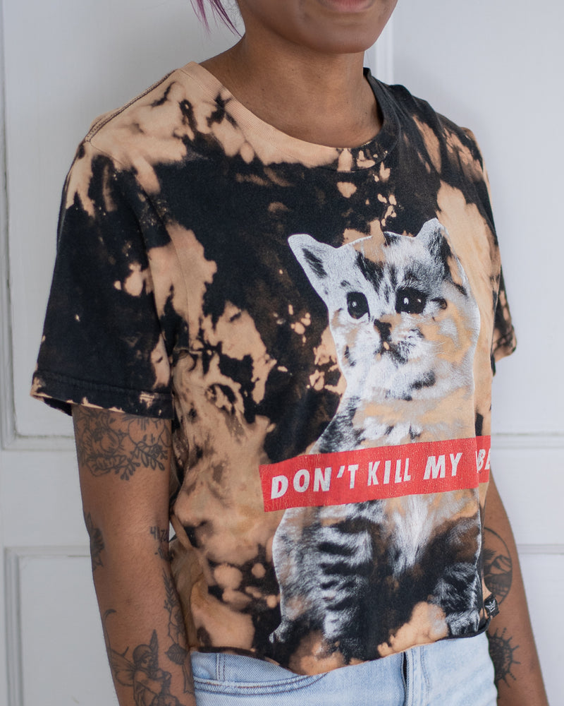 Kitty vibe black bleach dye tee