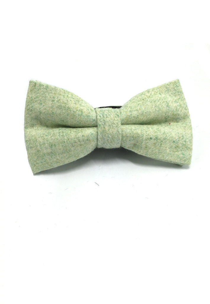 Dolly Series Pale Green Wool Pre-tied Bow Tie