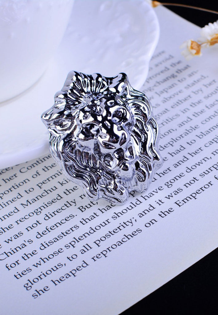 Silver Lion Head Lapel Pin
